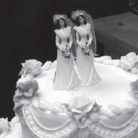 2 women cake